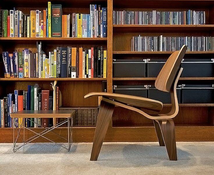 DQarquitectura muebles antiguos que parecen modernos silla baja Eames