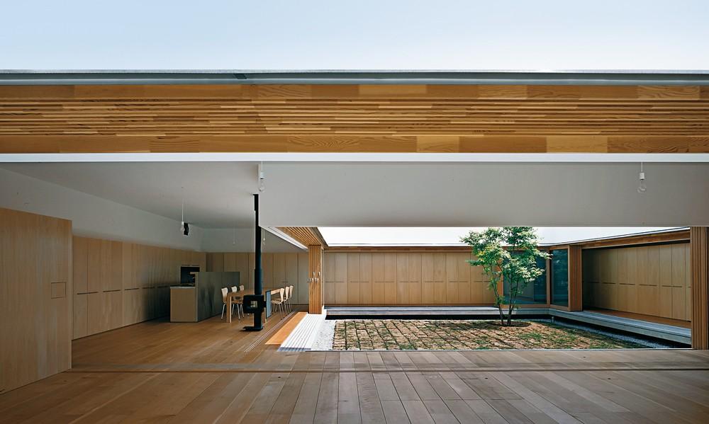 Claves para elegir solar dqarqutiectura atrium house