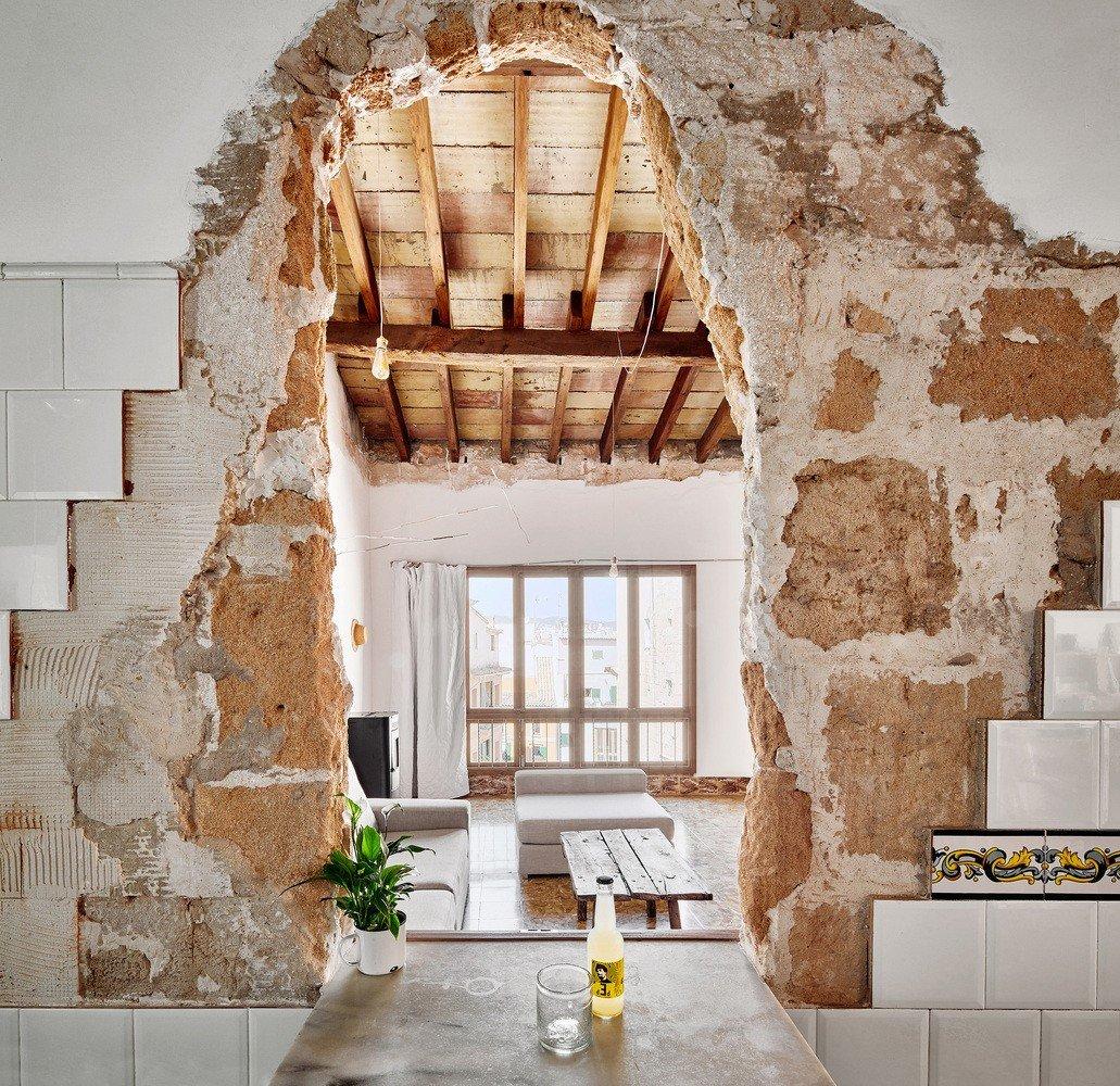 Rehabilitar-casa-de-piedra-en-ruinas-conservar-demoler