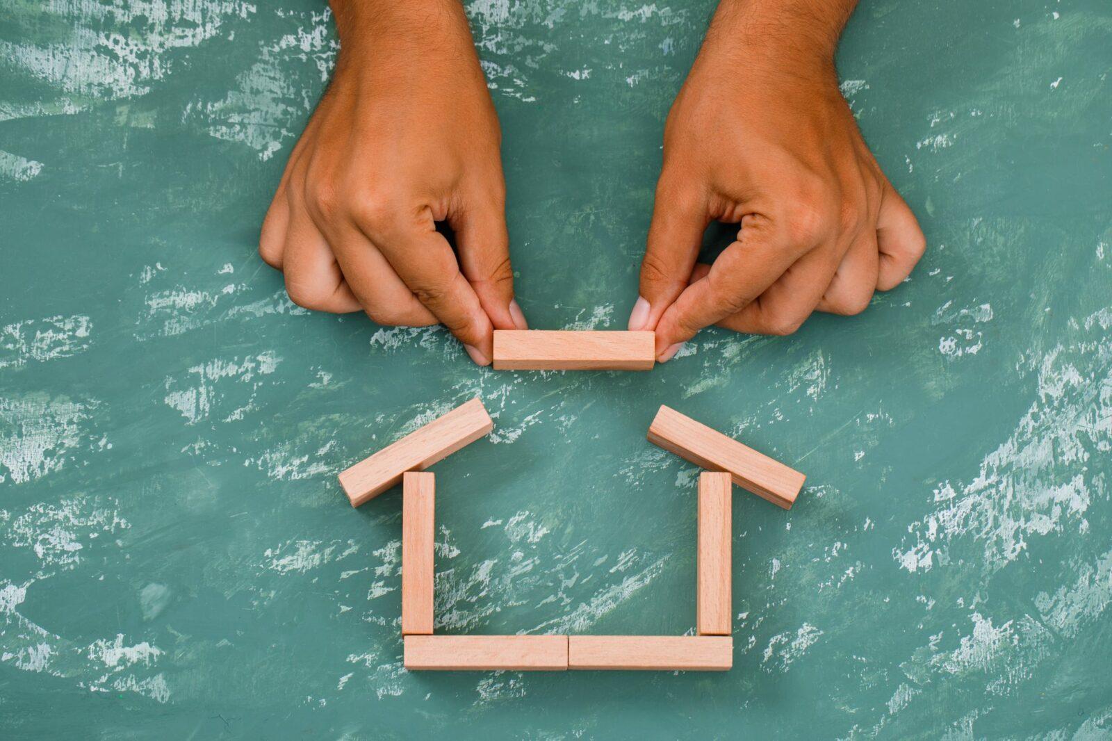 que necesito para construir una casa