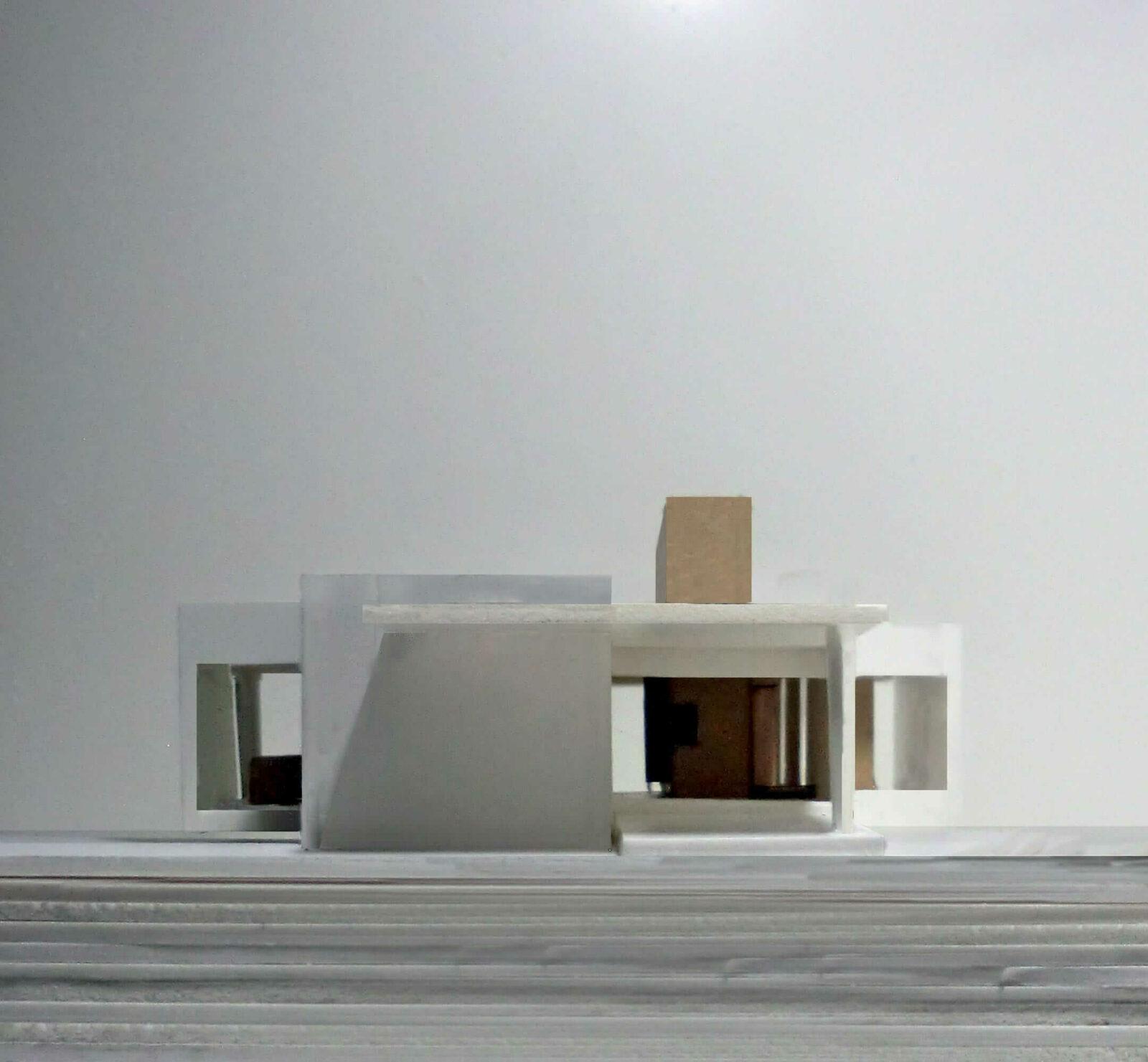 DQarquitectura-arquitectura-paisaje-volumetría-vivienda-para-terreno-en-pendiente-alzado-norte